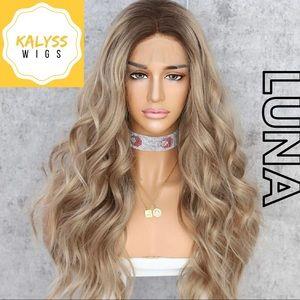 """""""Luna"""" Synthetic Wig"""